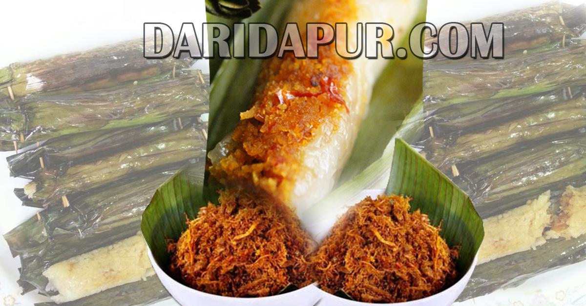 Popular sebagai kuih pagi , Pulut Panggang Serunding Daging memikat rasa dengan lemak pulut yang dikukus dengan inti serunding daging yang manis pedas.