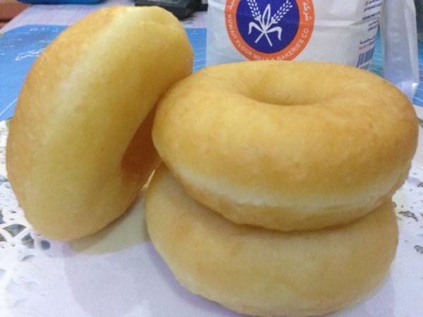 Banyak tips kami berikan untuk dapat donut gebu seperti dijual di kedai.Memang best la bila dapat resepi donut yang bagitau cara buat detail kan.Puas hati bila makan donut gebu dan lembut walau dah sejuk donutnya.