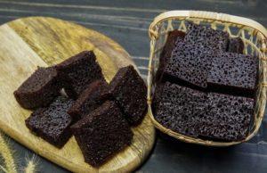 Selain nama kek sarang semut,nama lain untuk kek ini adalah kek gula hangus dan kek span untuk orang Kelantan.Memang puas hati je tengok bila sarang semutnya bulat-bulat memenuhi kek kan.Nak potong kek pun kena melintang tau.