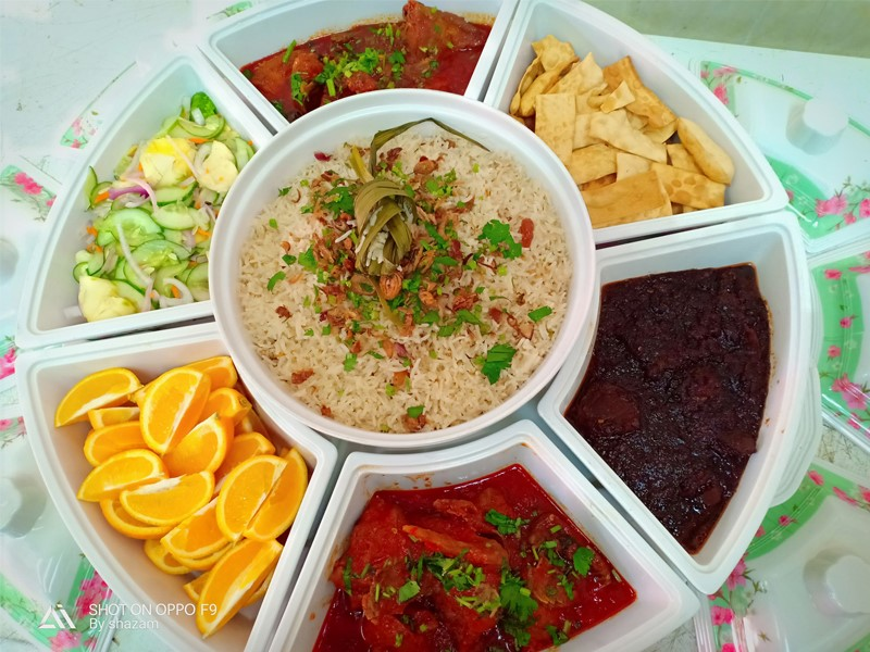 Resepi Nasi Minyak Dengan Ayam Masak Merah Dan Daging Masak