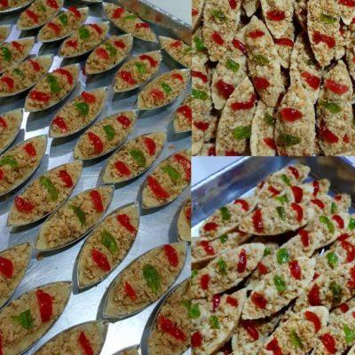 Biskut raya warisan, kami berikan resepi biskut sampan untuk anda cuba. Untuk acuannya, boleh cari di bakeri Rakan. Rangup sungguh bisku raya ni.Best