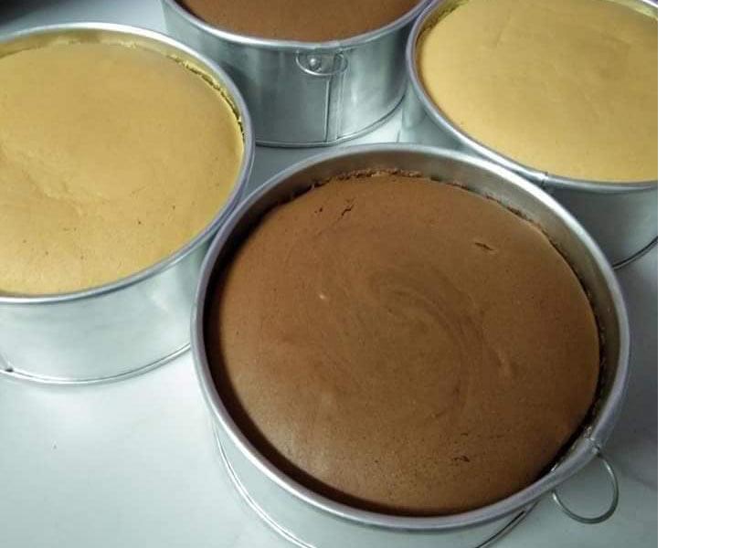 Kami berikan anda resepi kek span yang best dan menjadi sempurna jika anda ikut 100% step yang mudah ni. Nak letak flavour apa pun letak je. Best kan.Terbaik