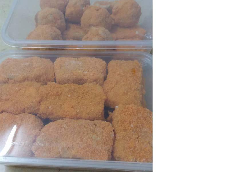Sedapnya resepi nugget ayam homemade ni. Lebih rangup, lebih sihat sebab guna isi dada ayam.Boleh bekalkan untuk anak-anak yang suka makan ni.Nugget best.