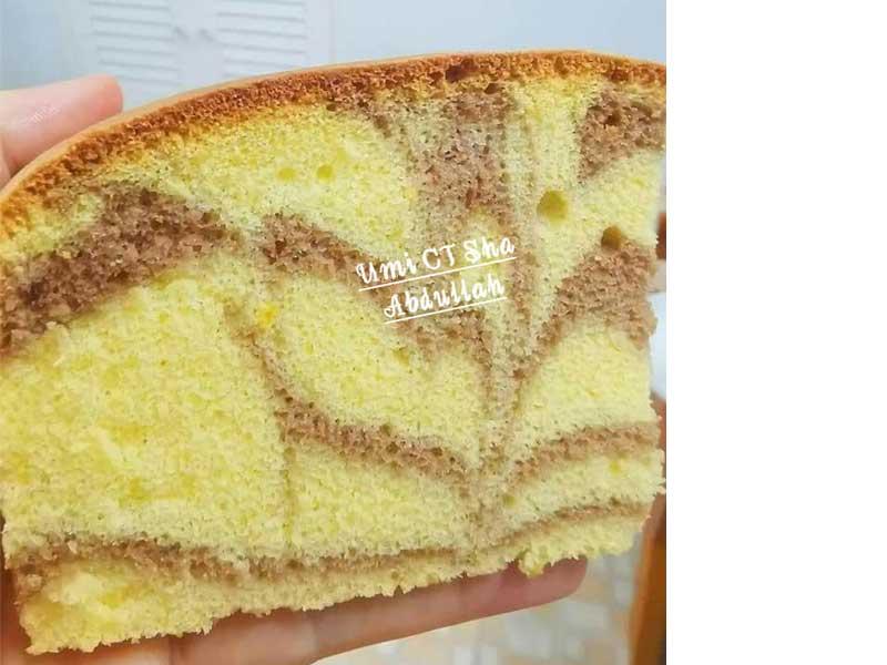 Nak mencari kek mudah dan sedap untuk menu petang ? Boleh cuba resipi kek butter marble yang sangat sedap ini. Tengok gambar pun dah tahu sedap kek butter ni.