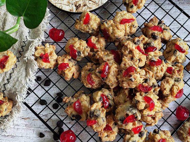 Kami berikan resipi biskut read pearl. Sedap tau.Rasa biskut yang wangi rangup dan senang dibuat memang menjadi pilihan ramai untuk koleksi biskut raya