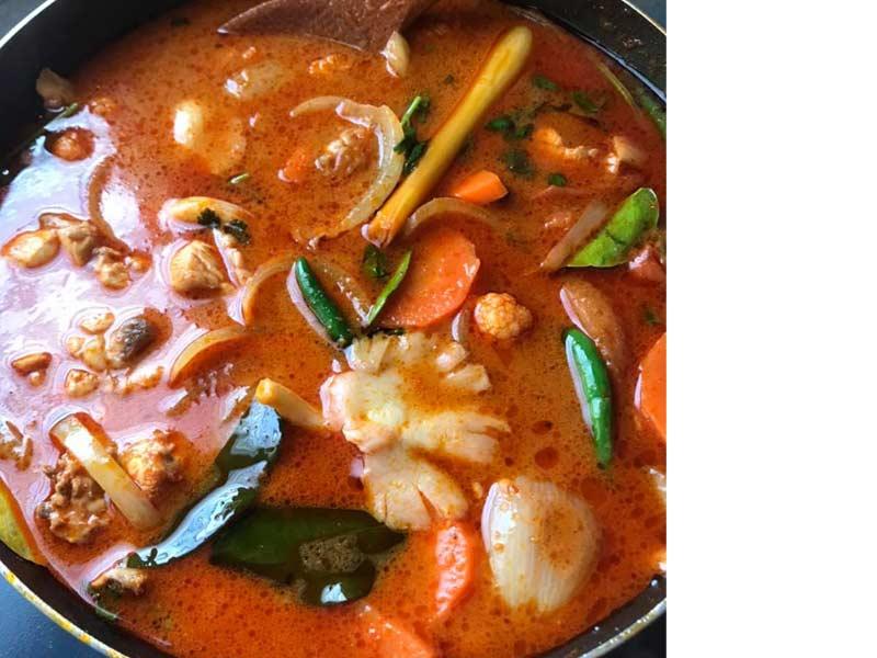 Kalau anda nak makan resepi tomyam macam kat kedai yang terlebih sedap tu, boleh anda baca resepi yang telah kami tuliskan di bawah ini.